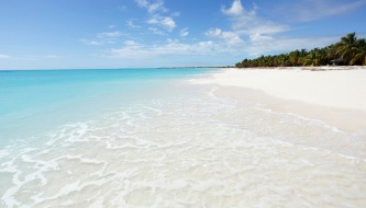 Beautiful beach scene in Antigua& Barbuda